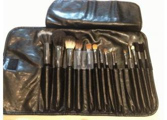 BőszEcset Professional Make-up Brush Set 15+1 6985